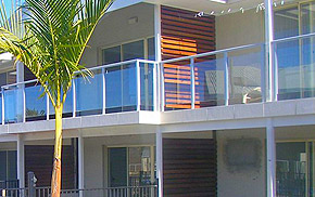Glass balcony blustrades railings